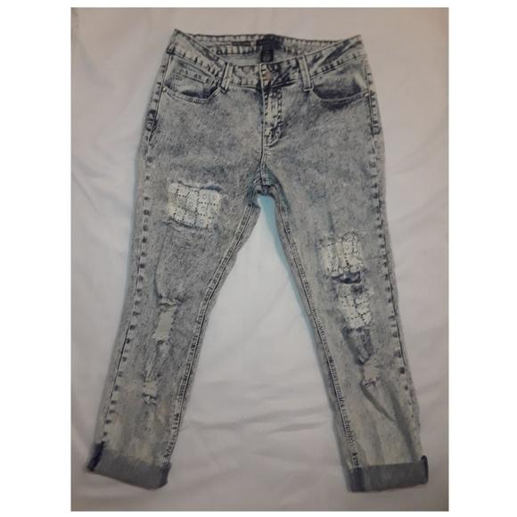 Rampage Denim - RAMPAGE Stone Wash Crop Jeans 👖